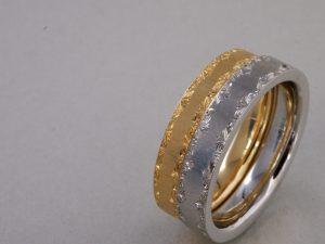 結婚指輪唐草模様彫り